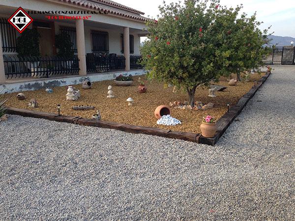 Ridos decorativos jard n piedras gravas cantos rodados for Decoracion jardin grava