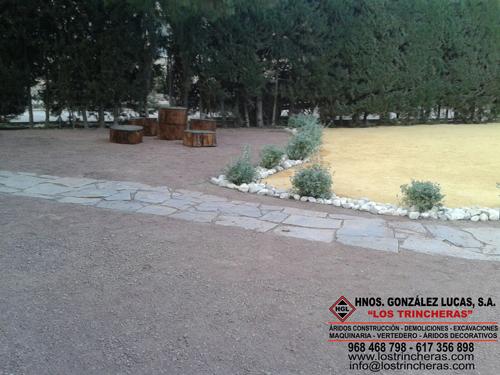Piedra Cuarcita Gris paso jardín