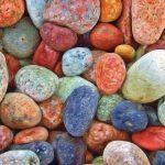 Piedras grandes para jardín: consejos de uso